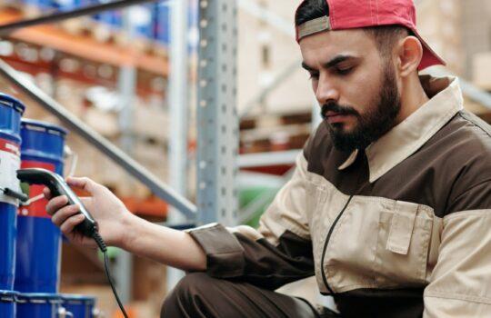 Comment mieux piloter sa supply chain grâce à un logiciel ERP ?